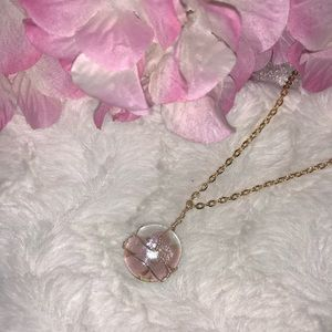 wire wrapped glass gem in pink flower design ♣️